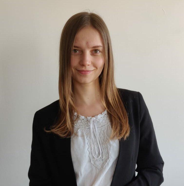 Laura.Vasilov.photo